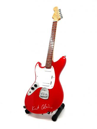 Home Decor  Kurt Cobain  Mini gitara